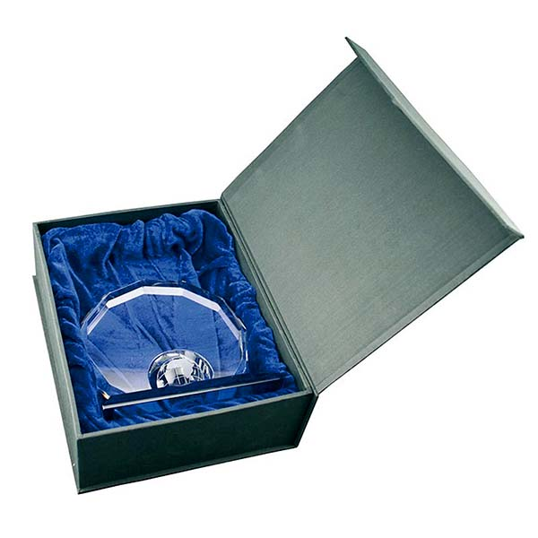 Afgerond Kristalglas Reliek met Lasergravure (8 cm.)