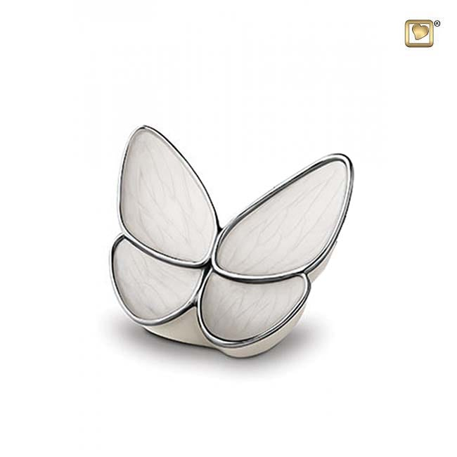 https://grafdecoratie.nl/photos/vlinder-mini-urn-messing-mini-urnen-BF003K.JPG