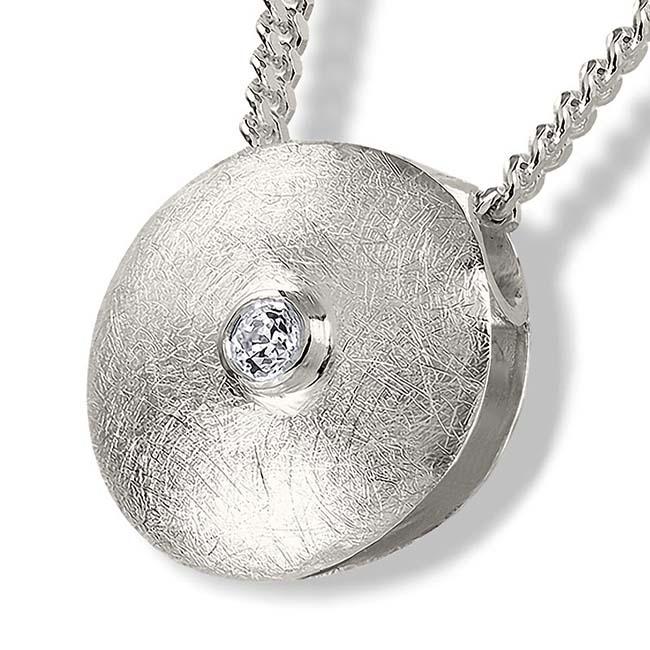 https://grafdecoratie.nl/photos/zilveren-ronde-ashanger-zirkonia-10H011.jpg